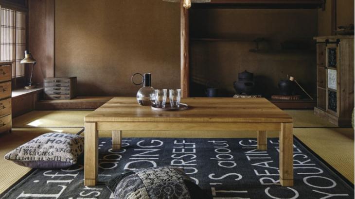 一人暮らしでも使える!夏はすっきりと、冬になったらコタツになる優秀テーブル!