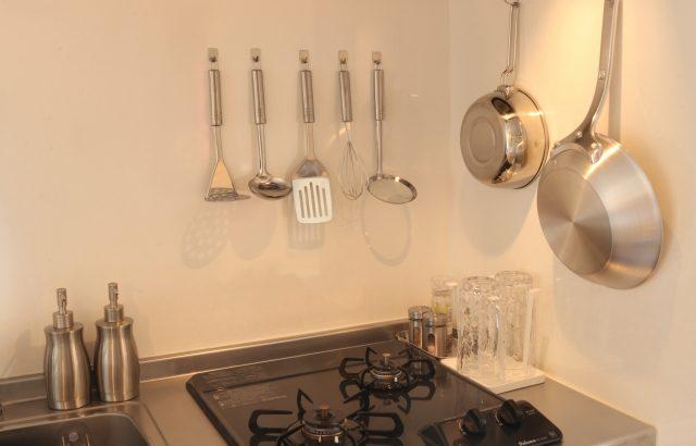 一人暮らしのキッチン用品、これだけで大丈夫! 必須の7選+便利な5選【管理栄養士厳選】