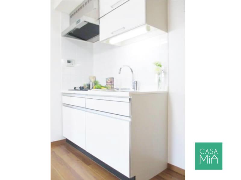 キッチンは二口コンロ。水栓の形状がおしゃれです|日神デュオステージ浜田山