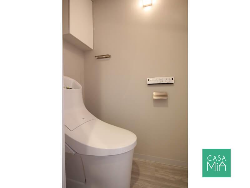 トイレはシンプルですが、こちらも新品です|オークヒルズ府中