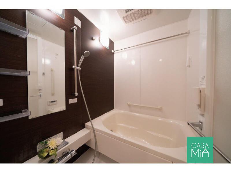 浴室乾燥機やスライドシャワーなど充実した設備も装備|浴室|プレシス東日暮里