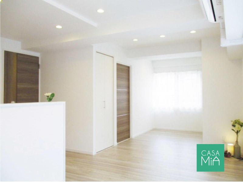 ワイドスパン設計&南西角部屋なので、明るく開放的な室内空間になっています|ライオンズマンション中野坂上シティ